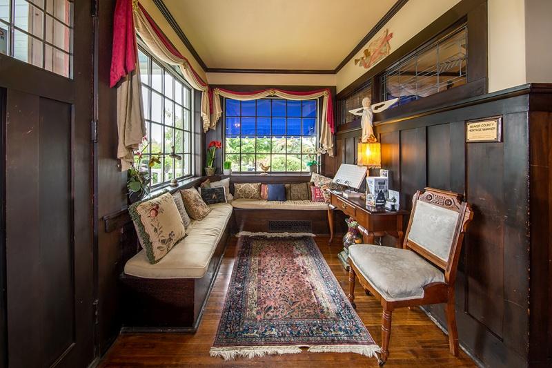 Felicity Farms Bed & Breakfast interior